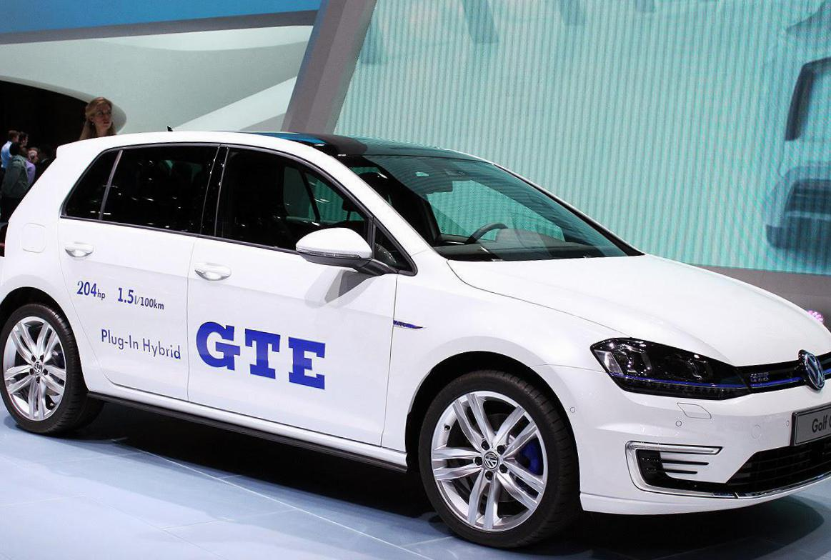 Volkswagen Golf GTE Specification 2015