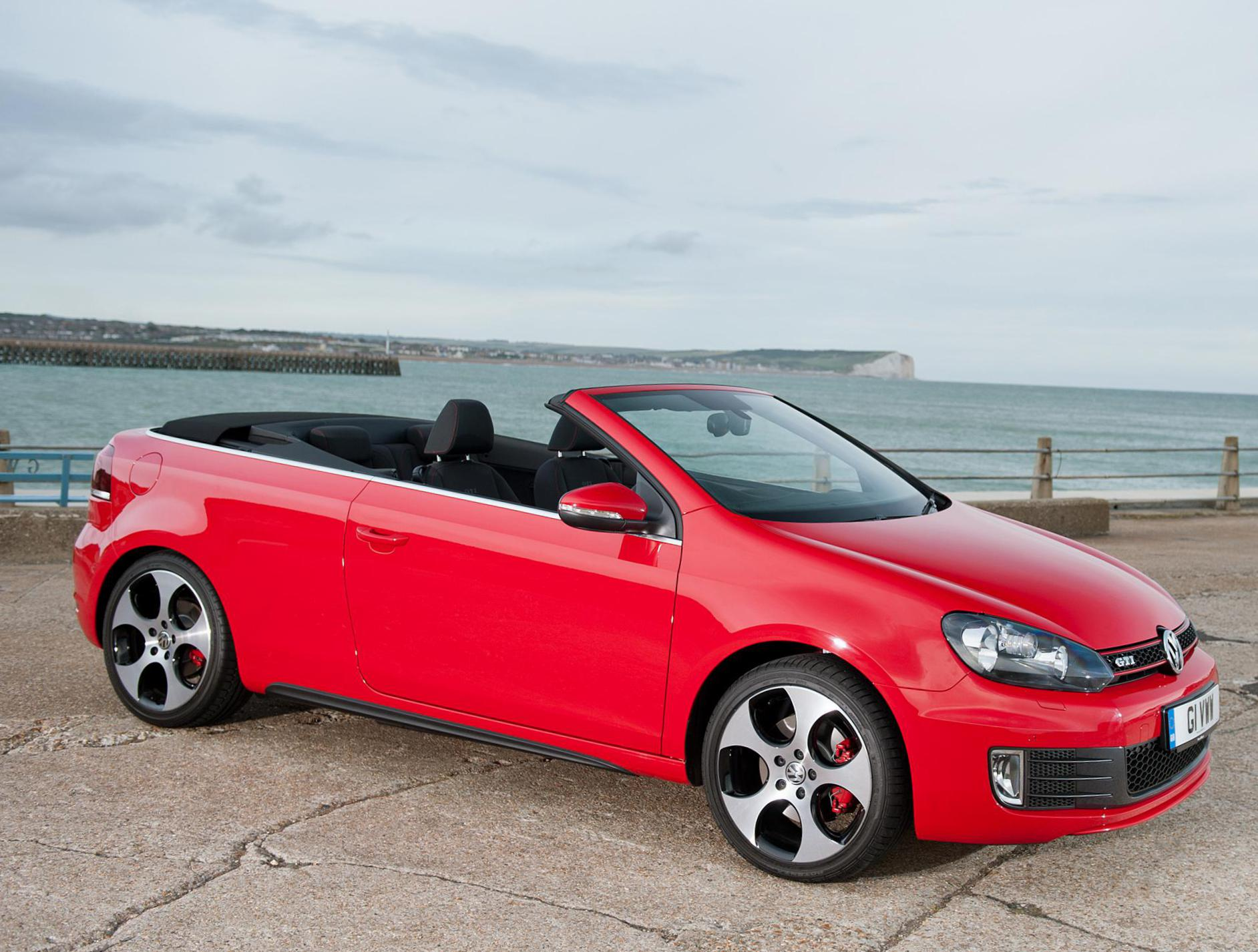 Golf GTI Cabriolet Volkswagen review 2014