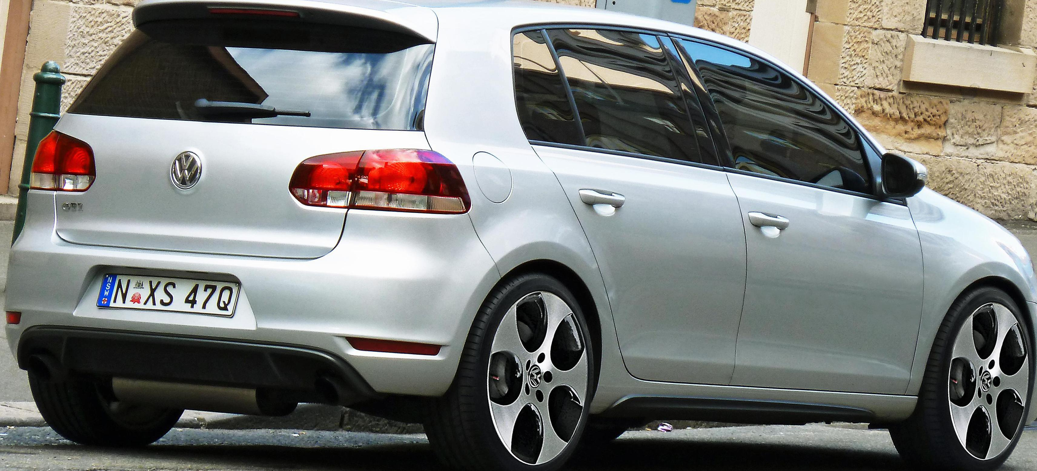 Volkswagen Golf GTI model 2010