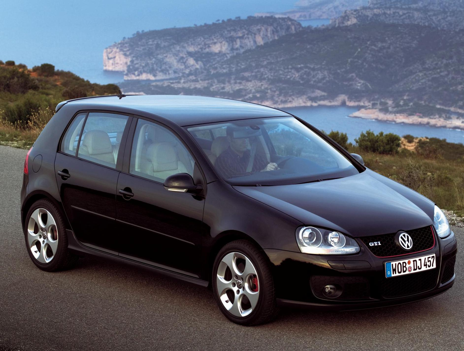 Golf 5 doors Volkswagen model 2009