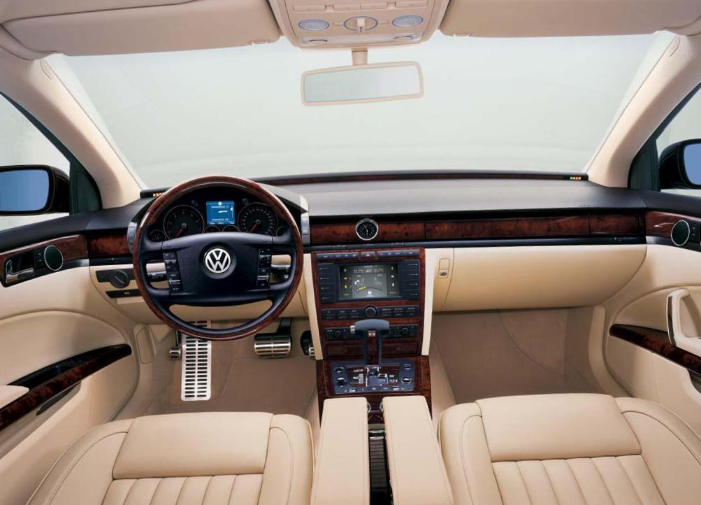 Phaeton Volkswagen reviews 2012