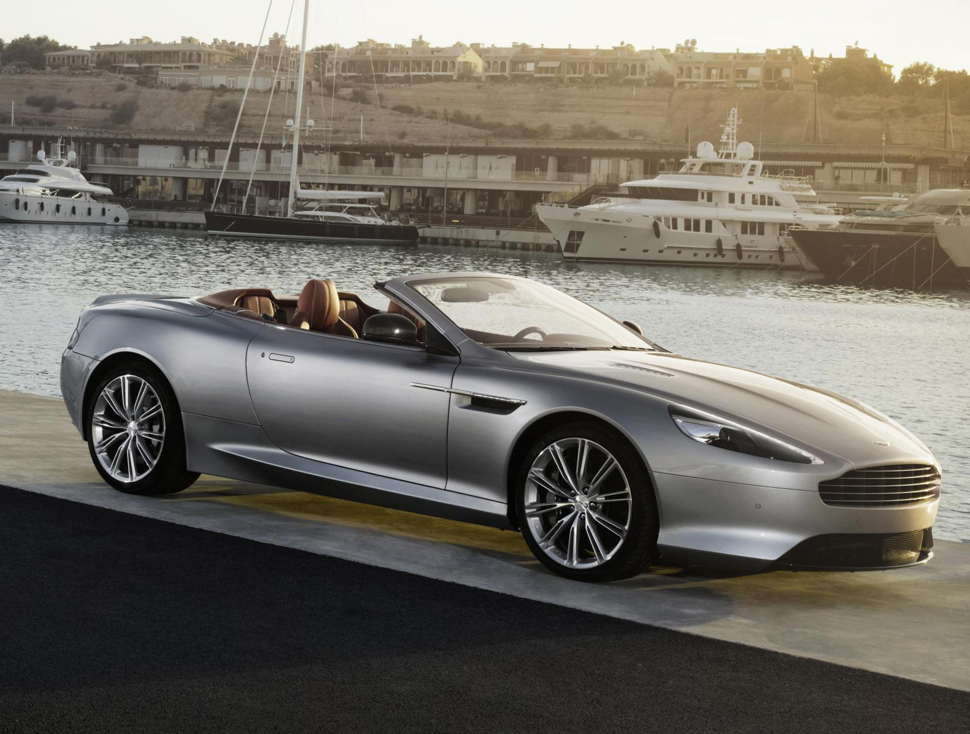 Aston Martin DB9 Volante approved 2015