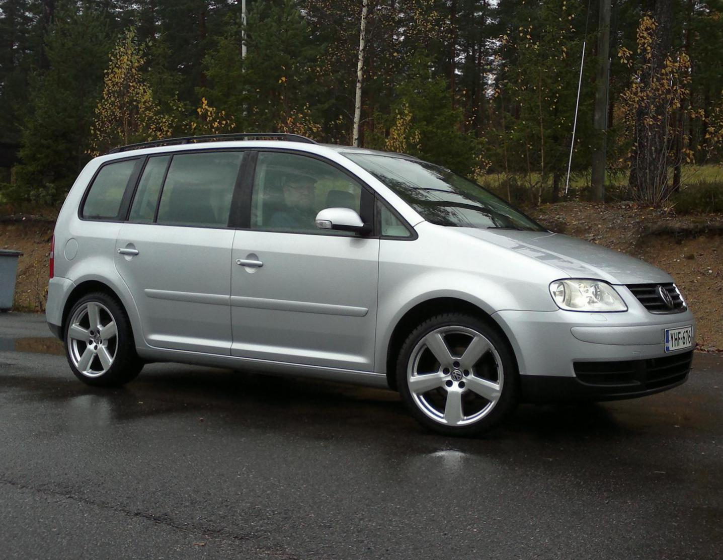 Volkswagen Touran lease 2013