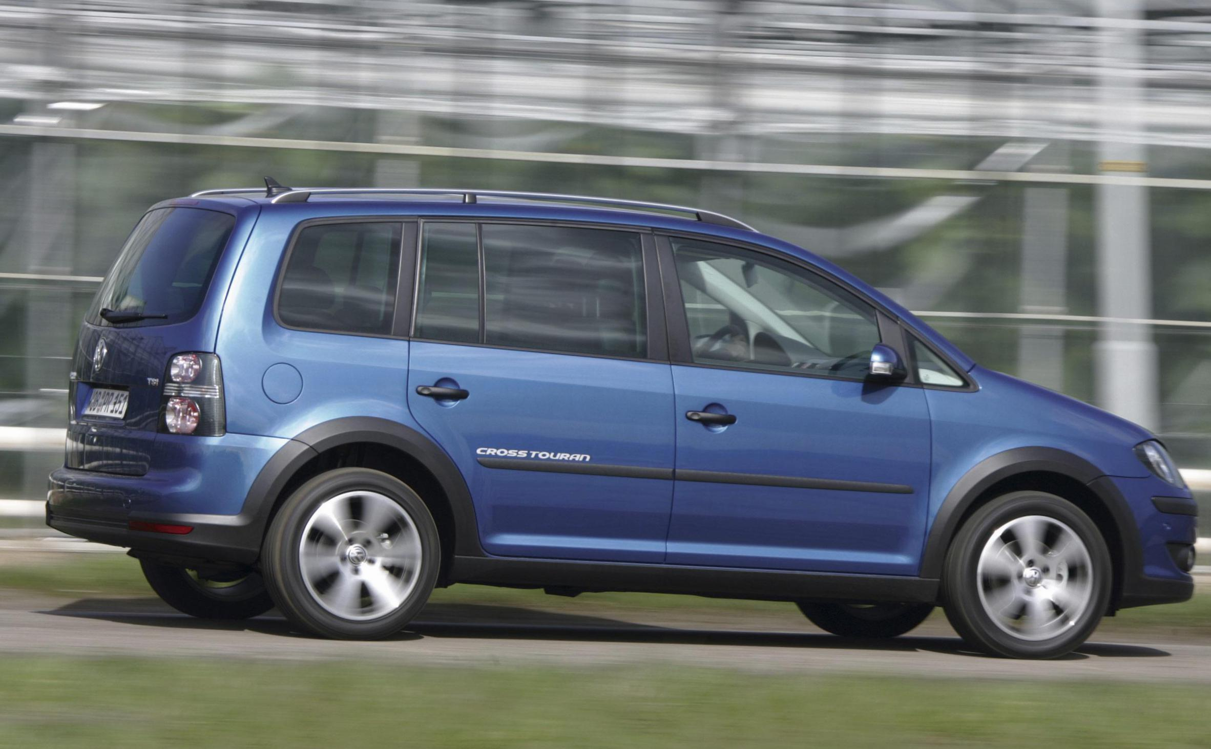 Volkswagen Cross Touran used minivan