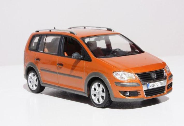 Cross Touran Volkswagen price 2013