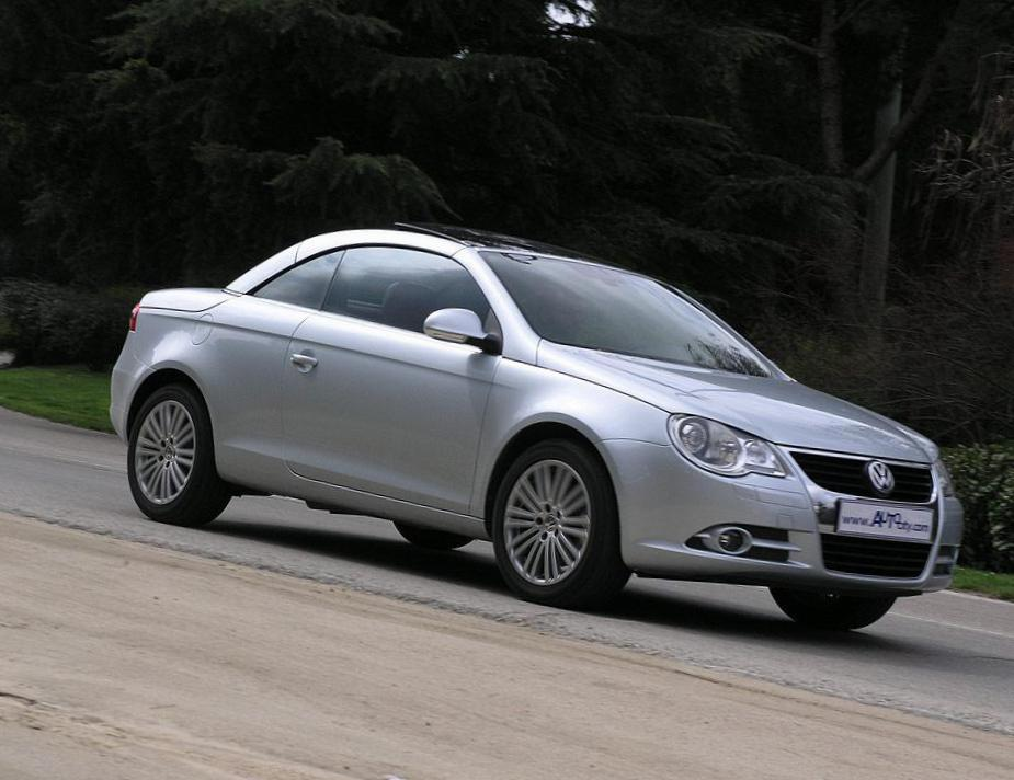 Volkswagen Eos review 2011