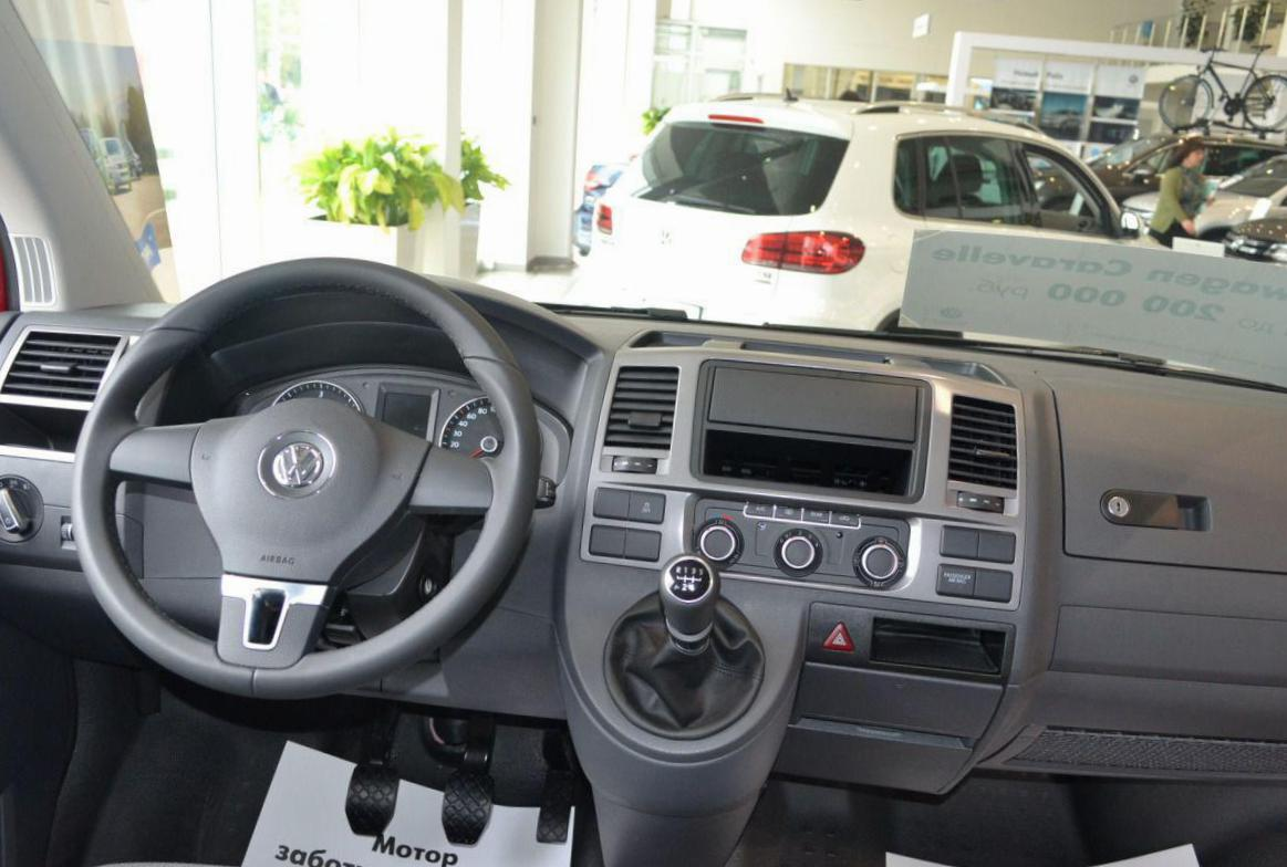 Caravelle Volkswagen Specification 2013