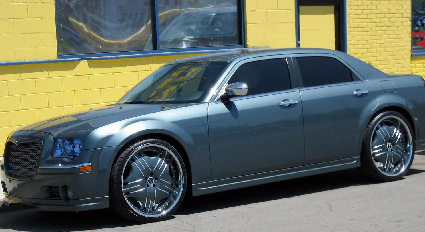 Chrysler 300C spec hatchback