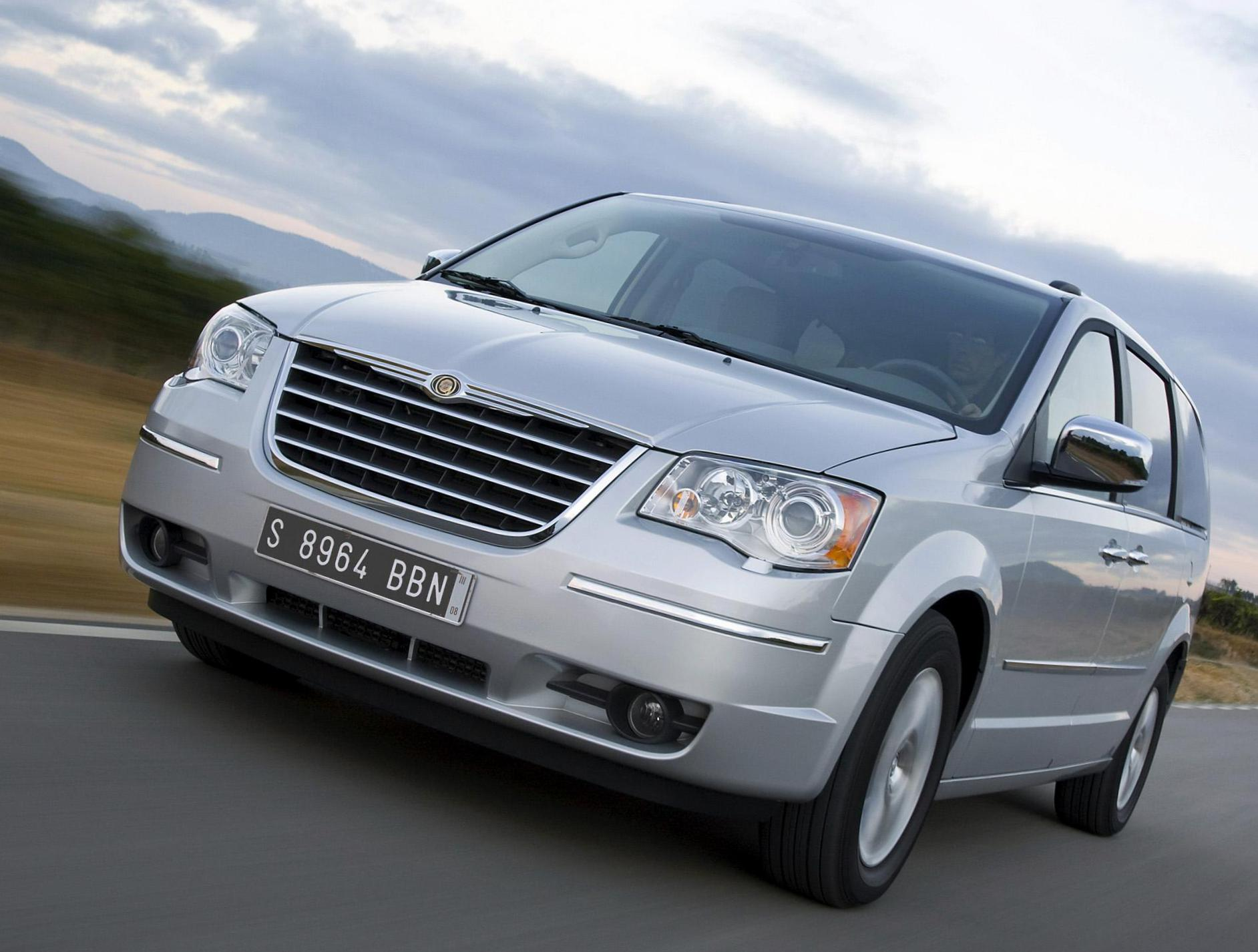 Chrysler Grand Voyager prices 2011