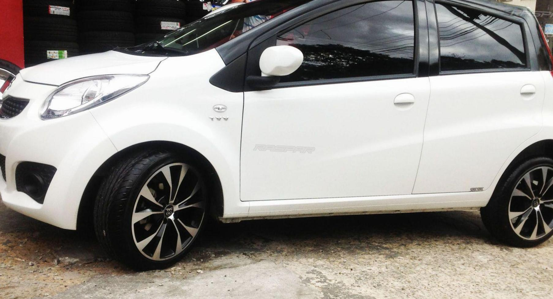 JAC J2 model hatchback