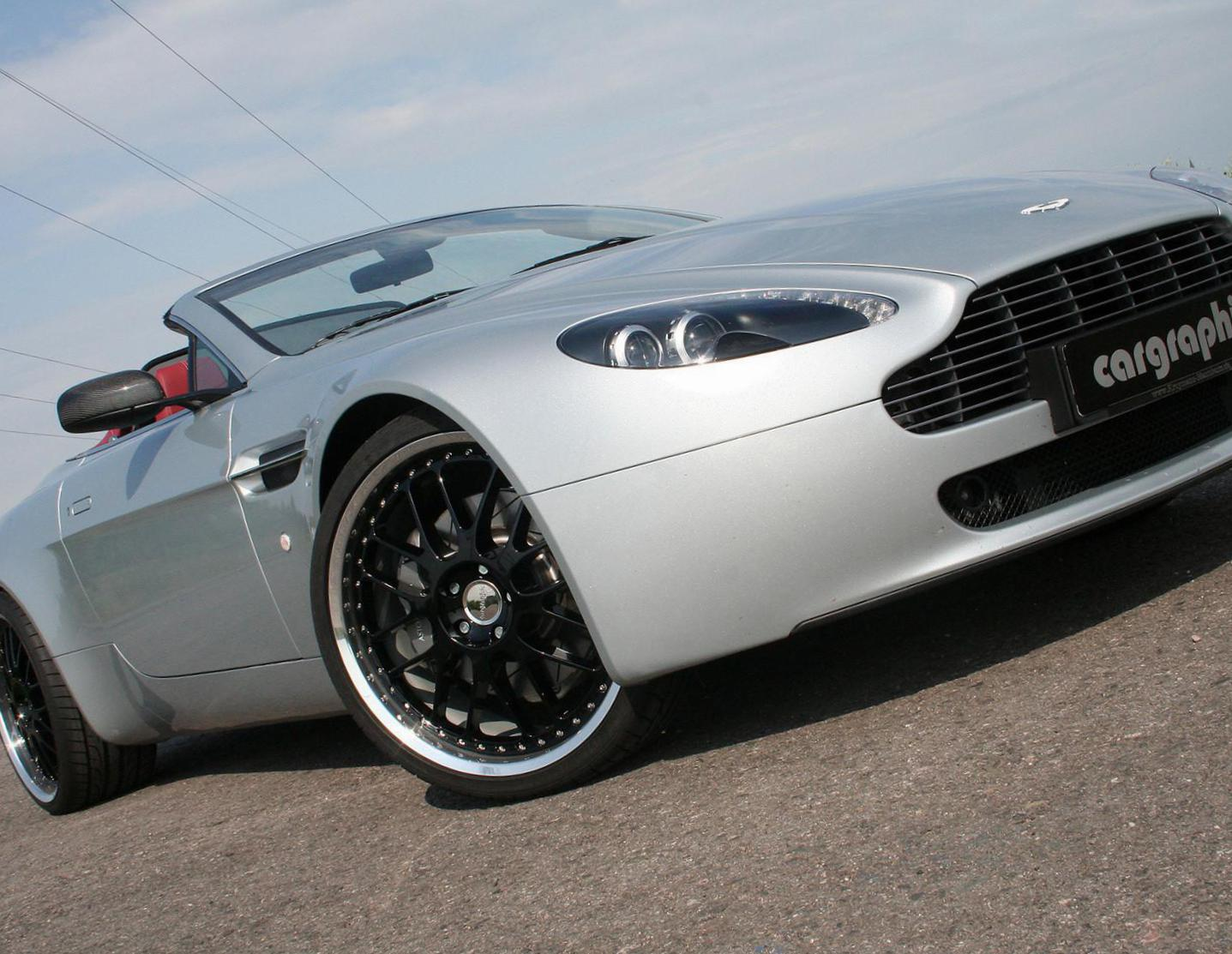 Aston Martin Vantage Roadster new coupe