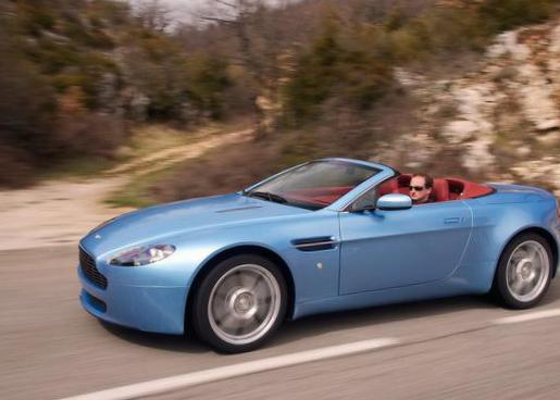 Aston Martin Vantage Roadster Specification sedan