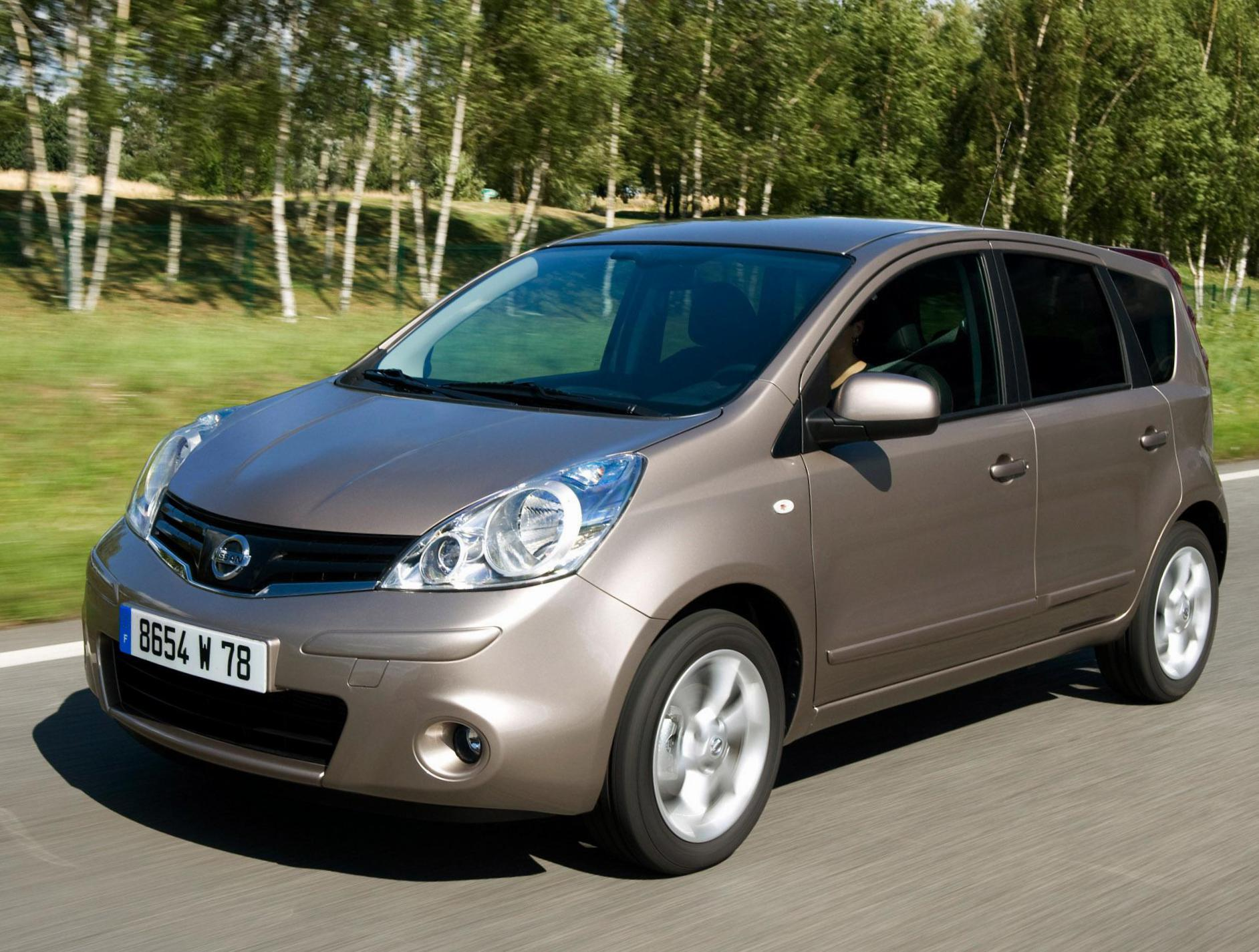 Nissan Note reviews 2011