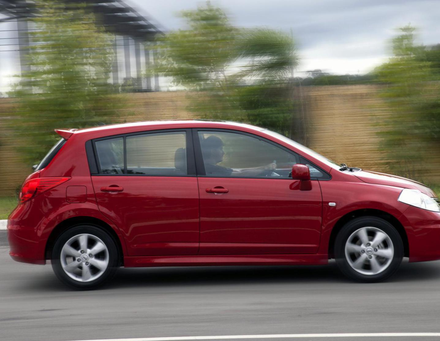 Nissan Tiida Hatchback price sedan