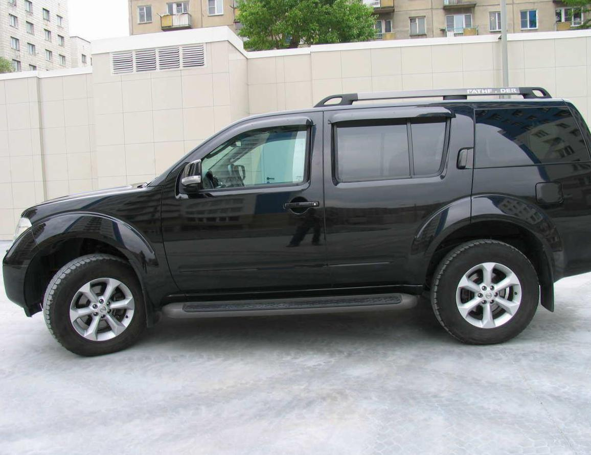 Nissan Pathfinder Specification suv