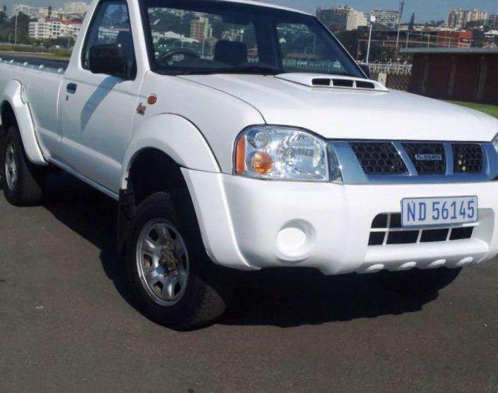 NP300 Single Cab Nissan reviews 2014
