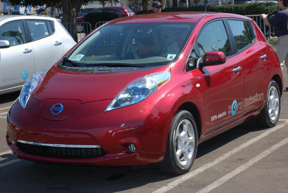 Nissan Leaf Photos And Specs Photo Leaf Nissan Prices And 24