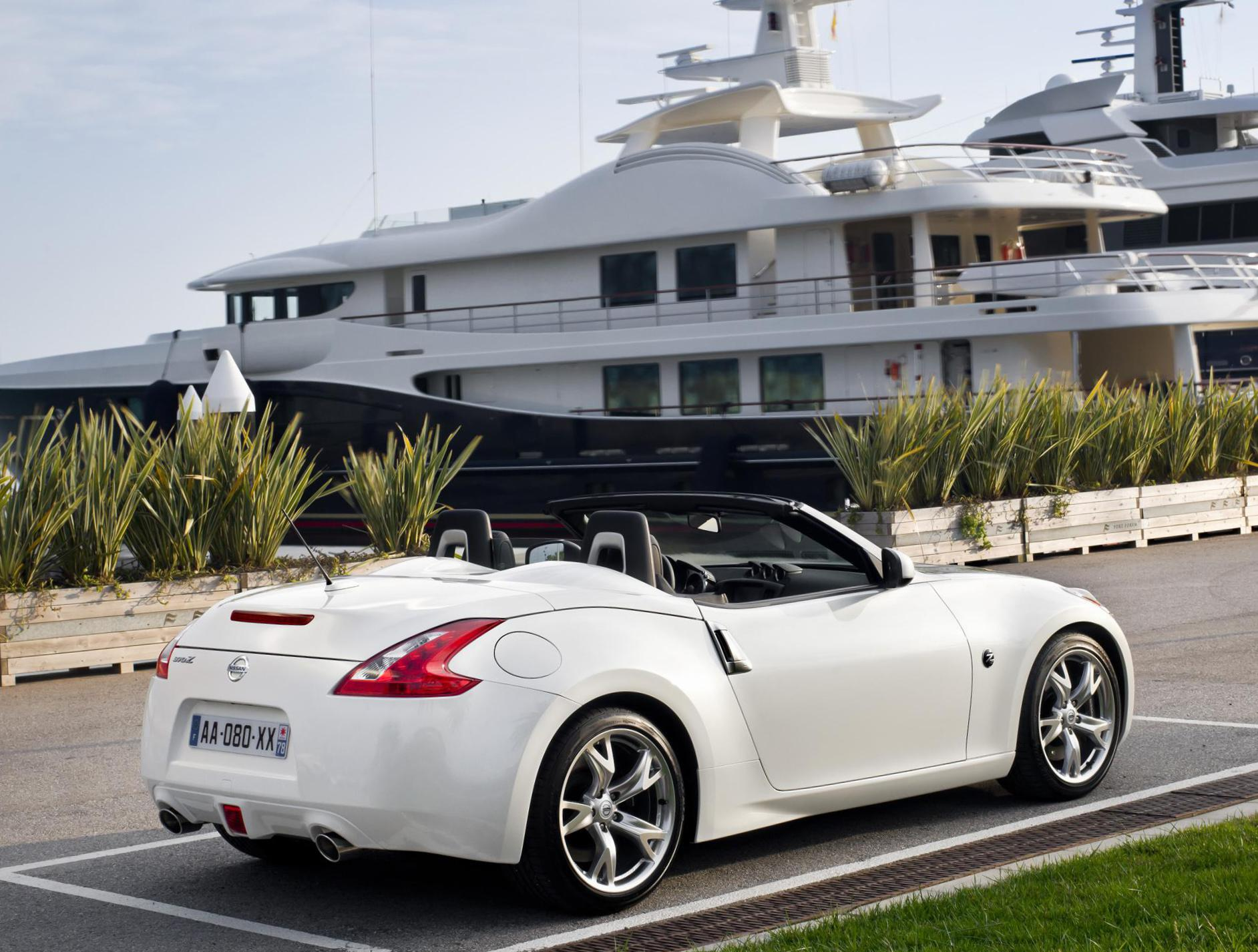 370Z Roadster Nissan approved sedan