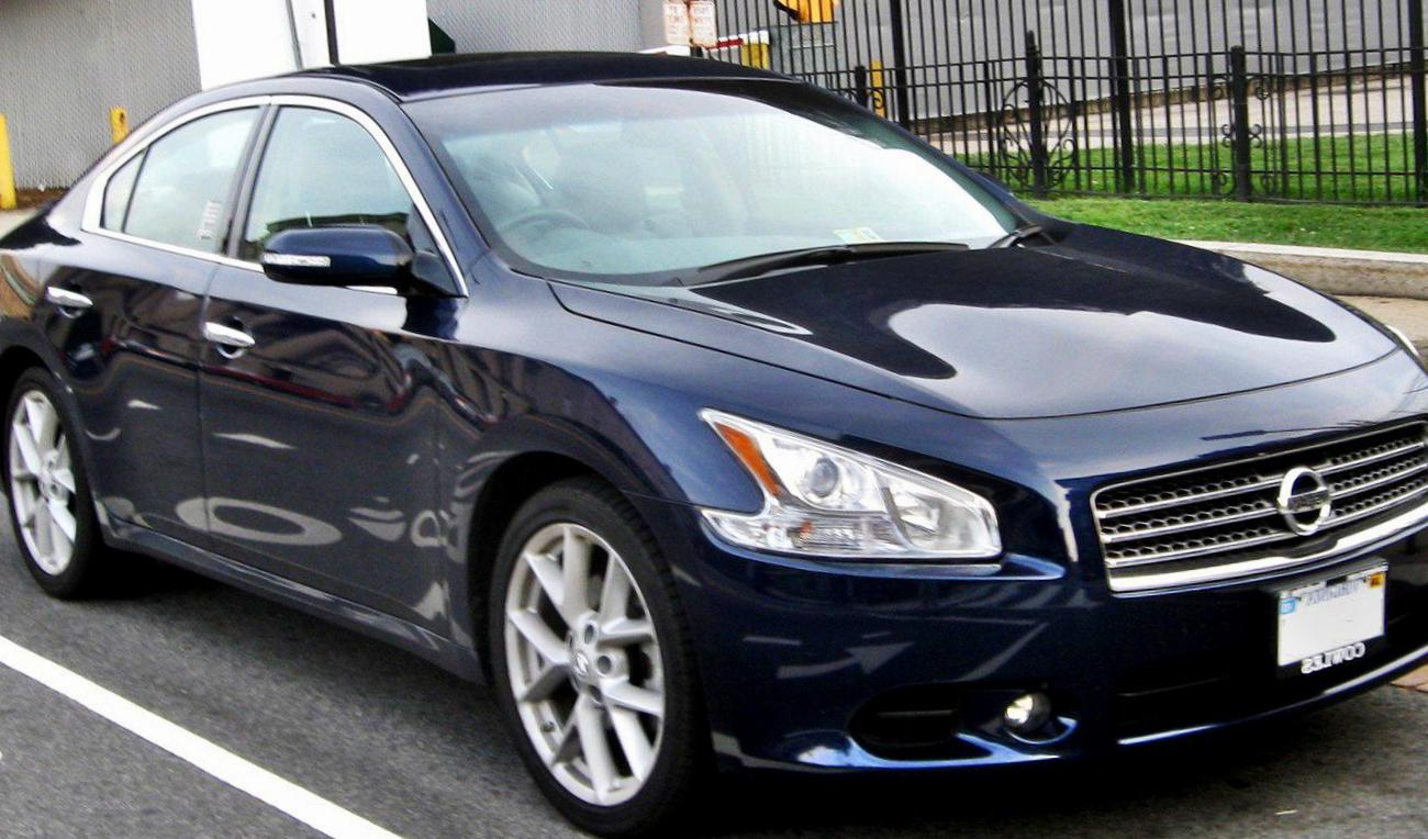 Maxima Nissan for sale 2013