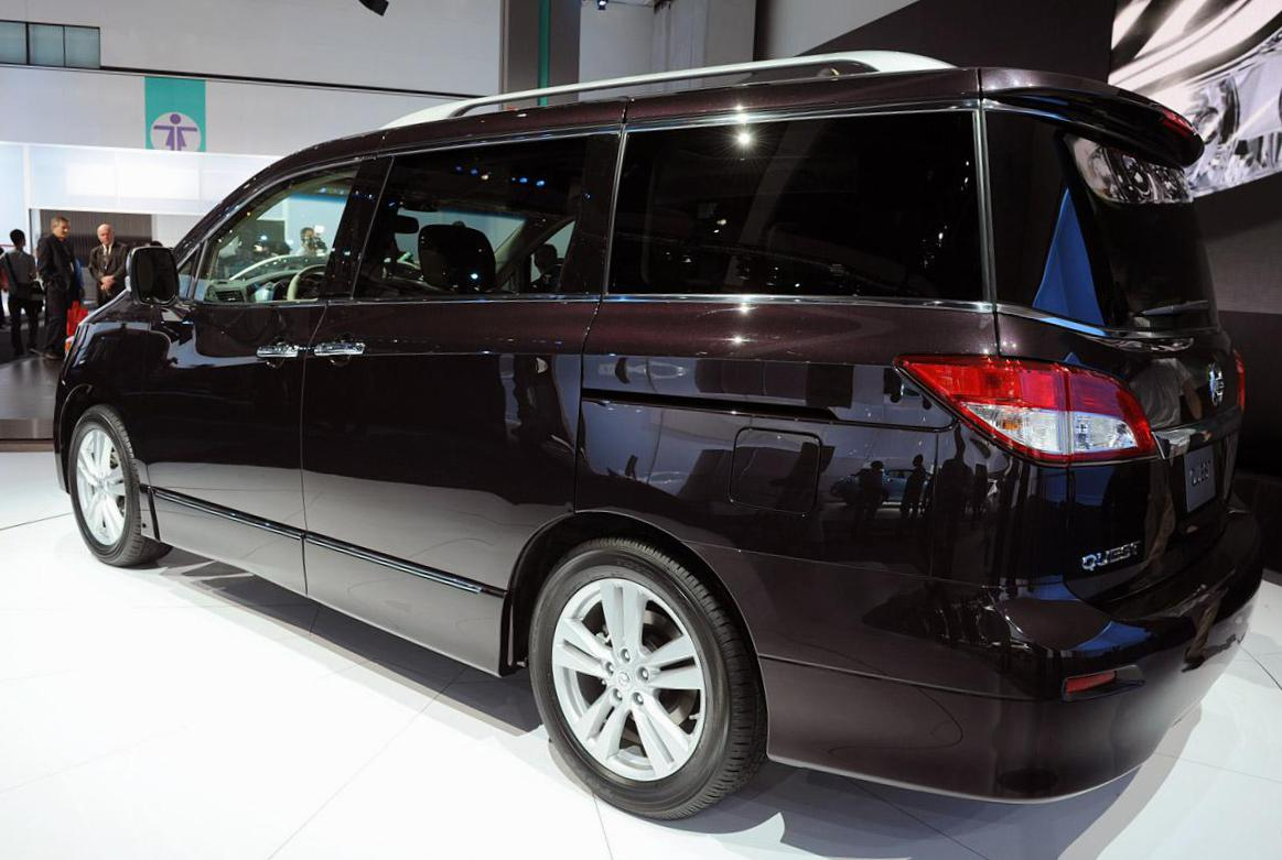 Nissan Quest review suv