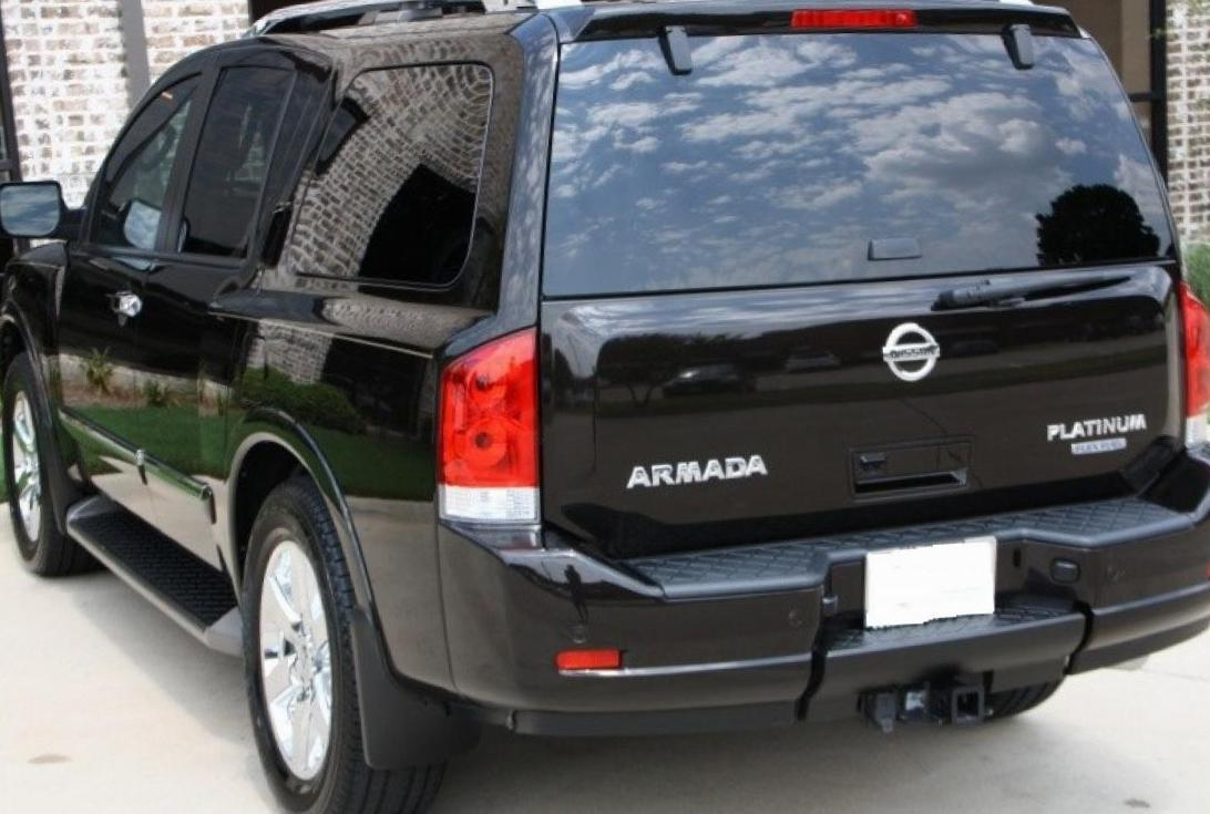 Armada Nissan review 2010