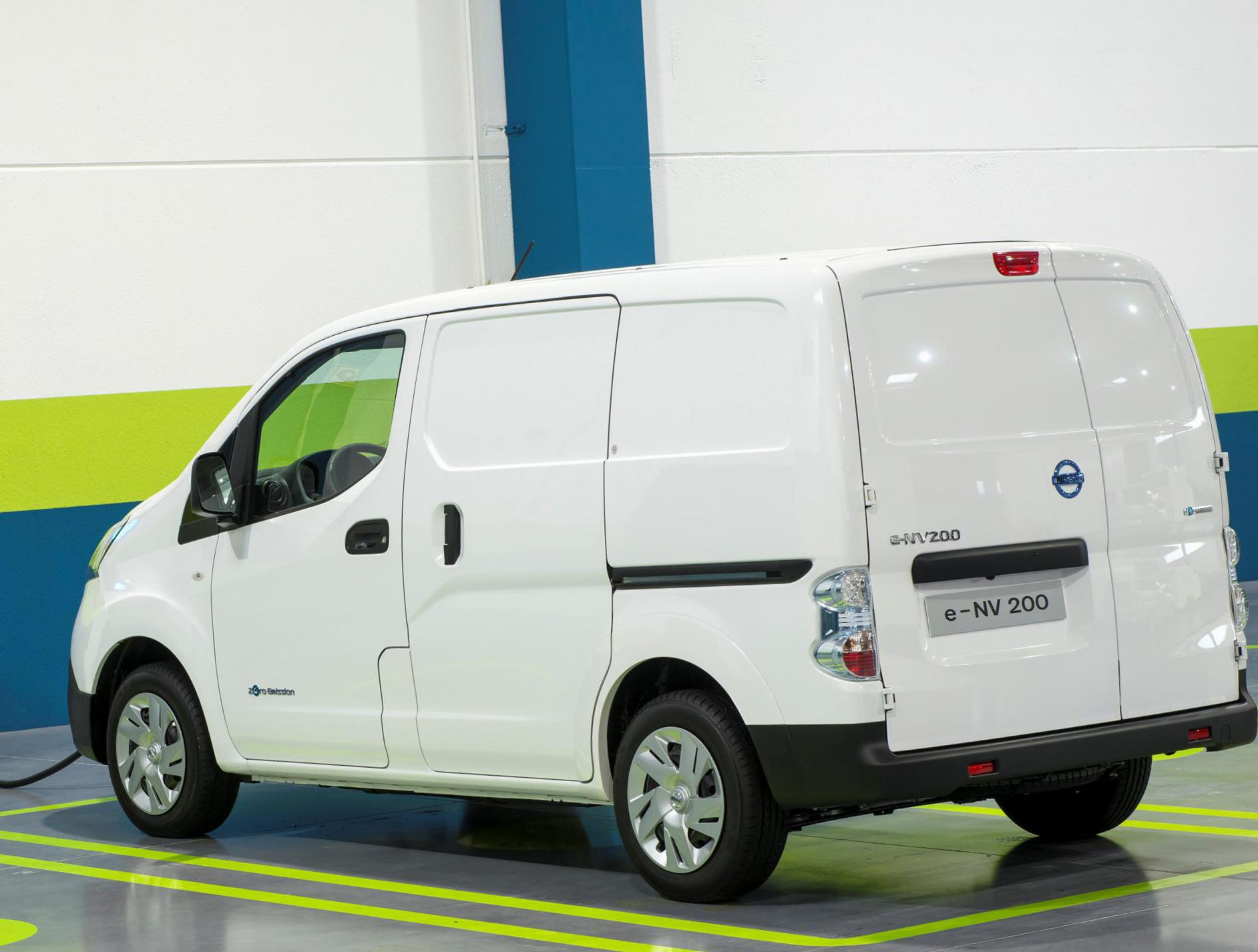 e-NV200 Nissan approved hatchback