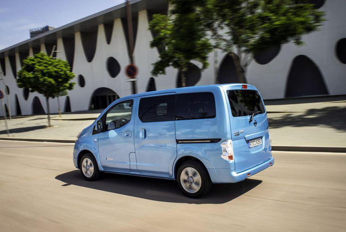 Nissan e-NV200 Specification hatchback