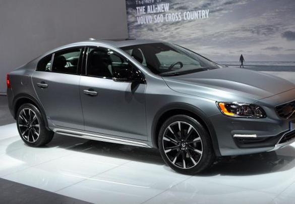 Volvo S60 Cross Country Characteristics hatchback