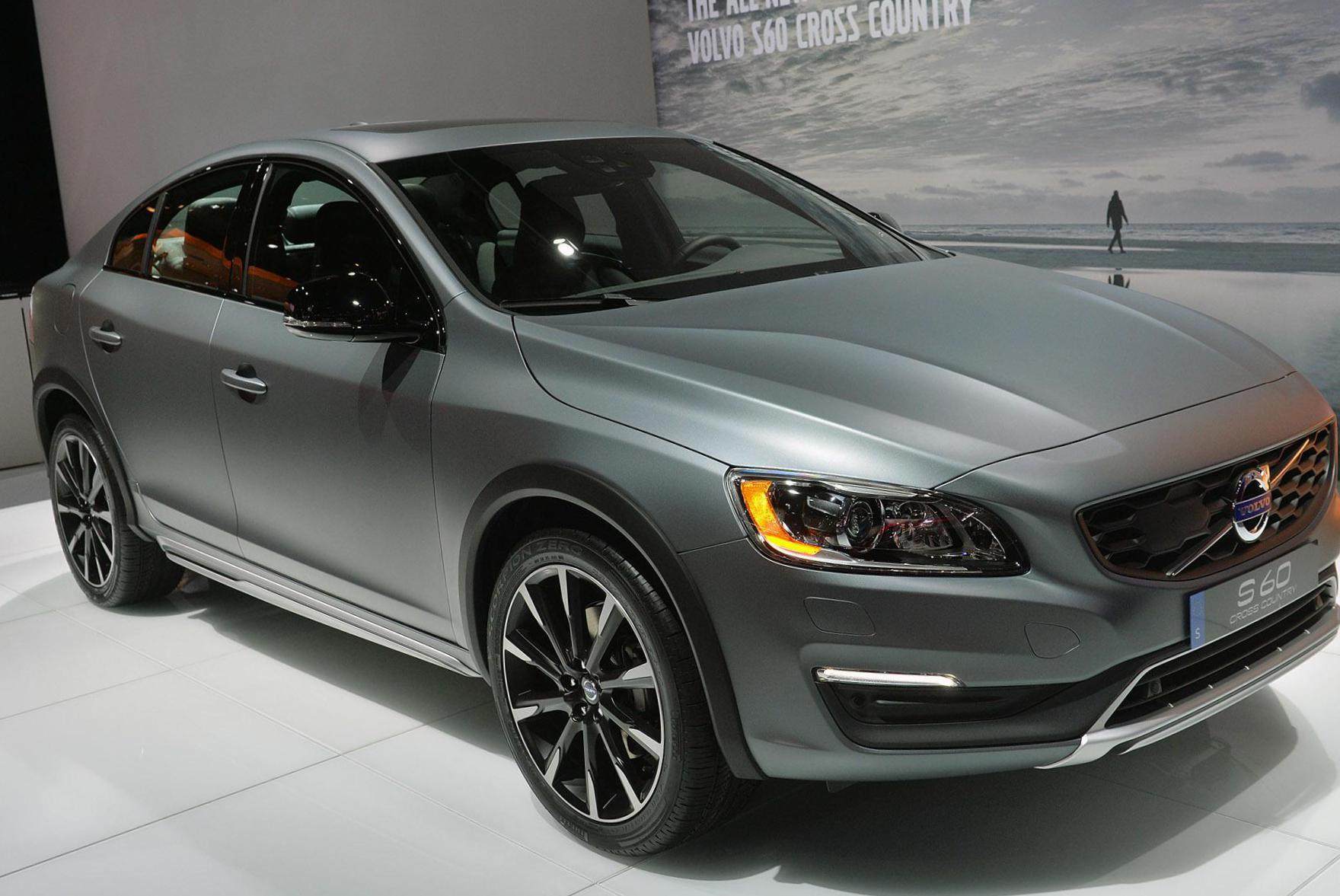 Volvo S60 Cross Country for sale 2014