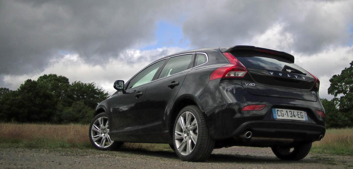 Volvo V40 Specification hatchback