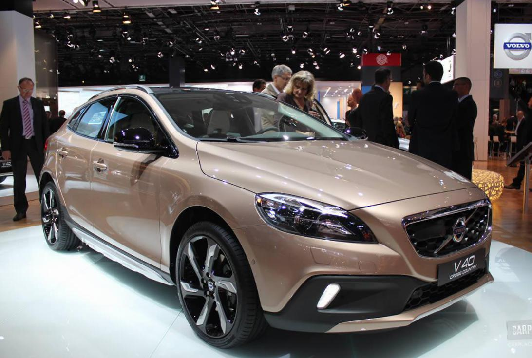 V40 Cross Country Volvo prices 2013