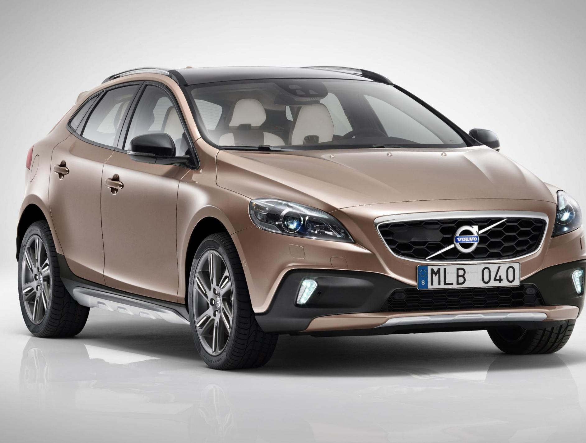 Volvo V40 Cross Country Specifications 2008