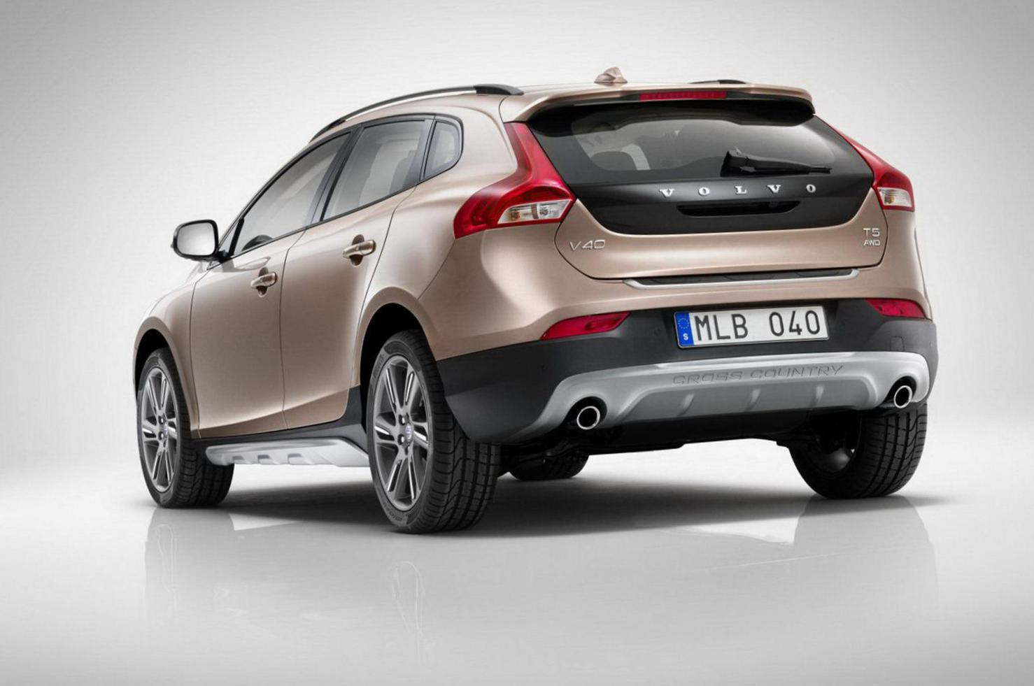 Volvo V40 Cross Country specs 2007
