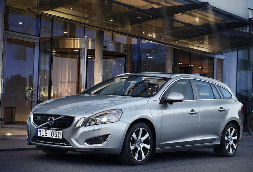 V60 Volvo models hatchback