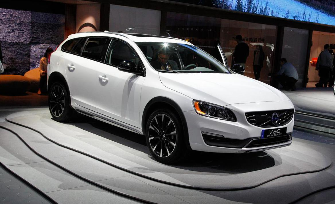 Volvo V60 Cross Country Specifications 2015