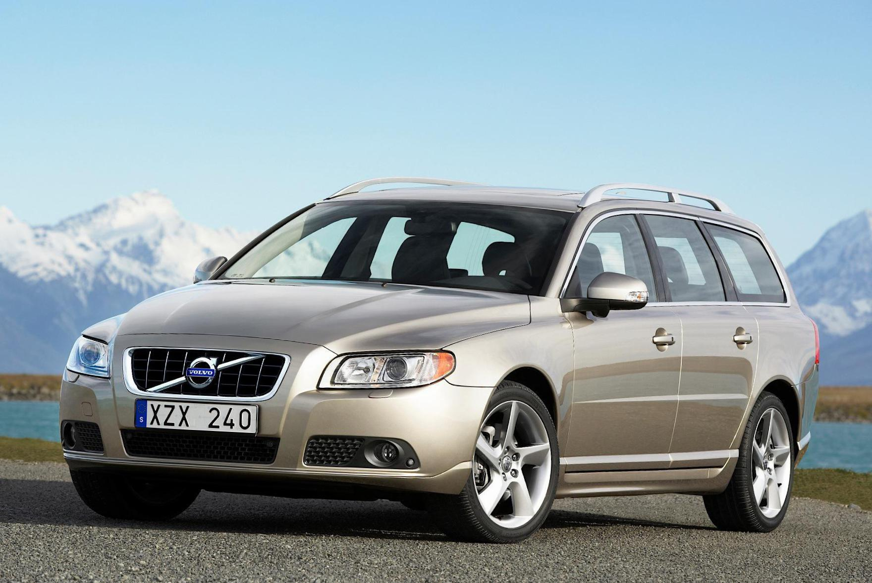 V70 Volvo review 2014