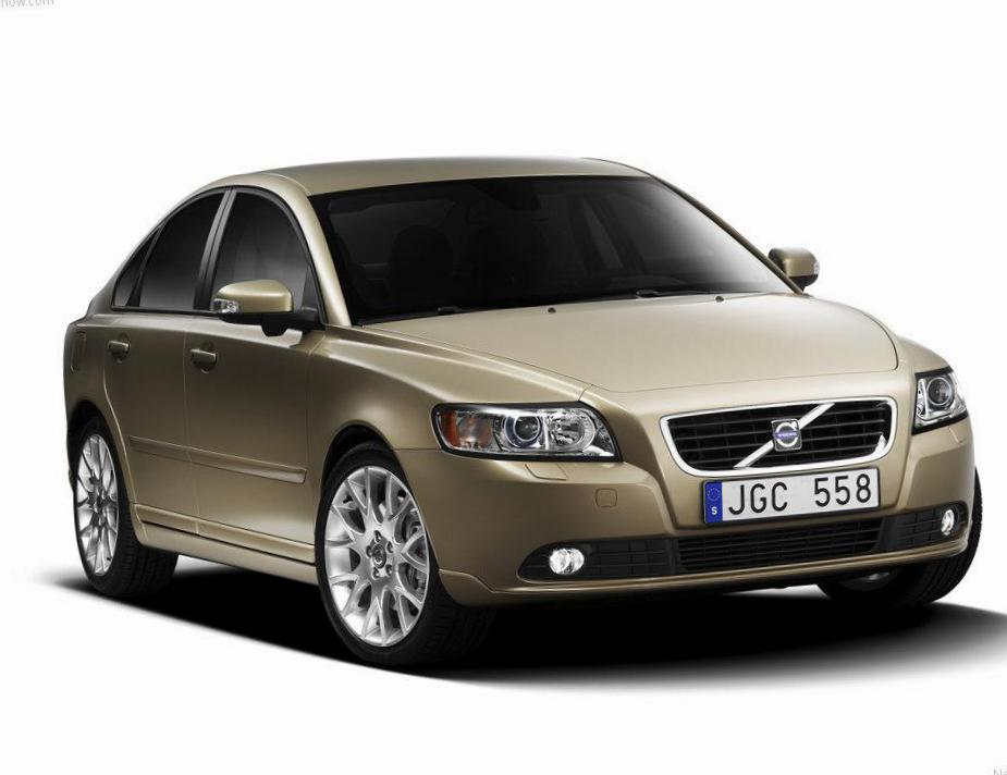 Volvo S40 Specification 2014