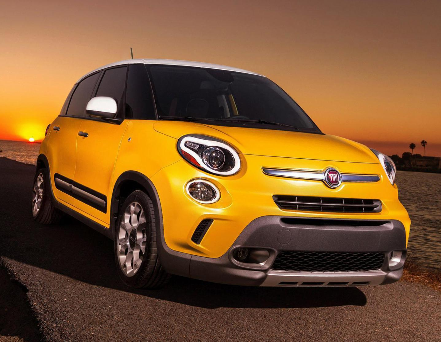 Fiat 500L Trekking new hatchback