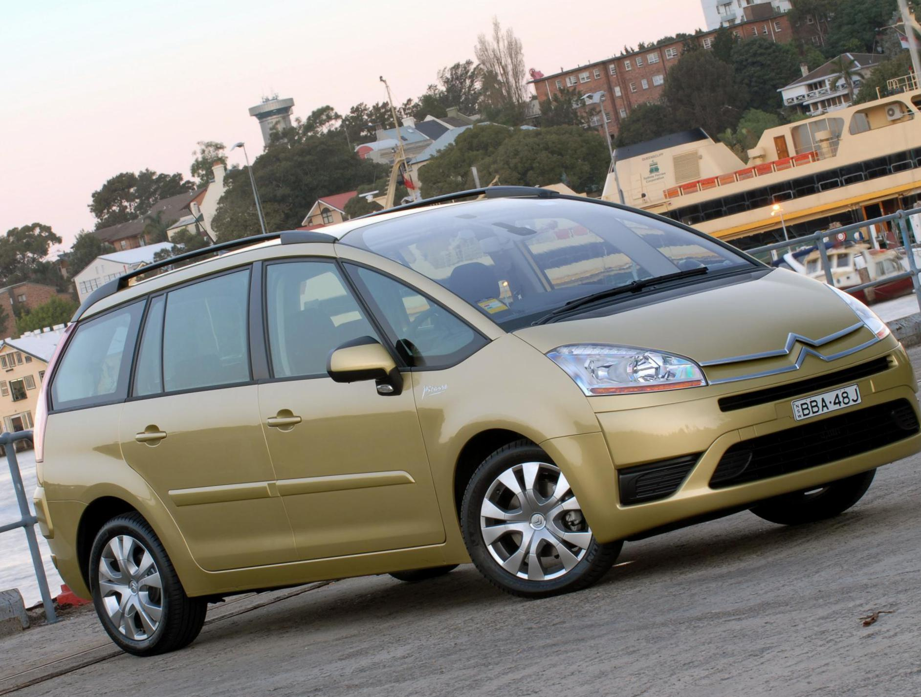 Grand C4 Picasso Citroen Specifications hatchback