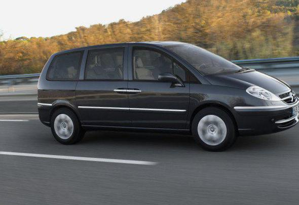 Citroen C8 review minivan