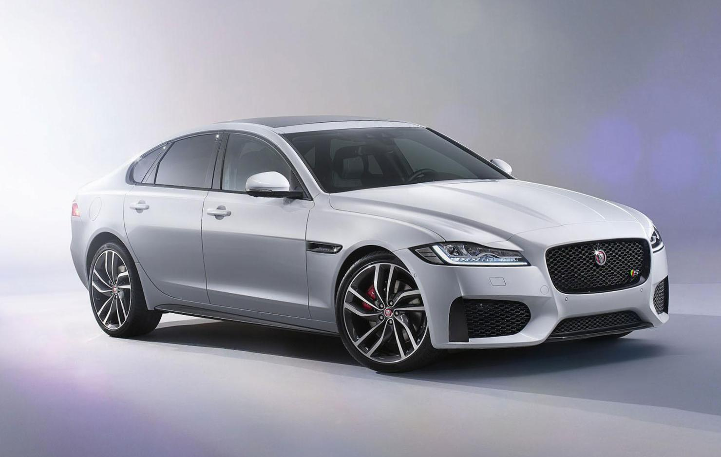 Jaguar XF spec 2008