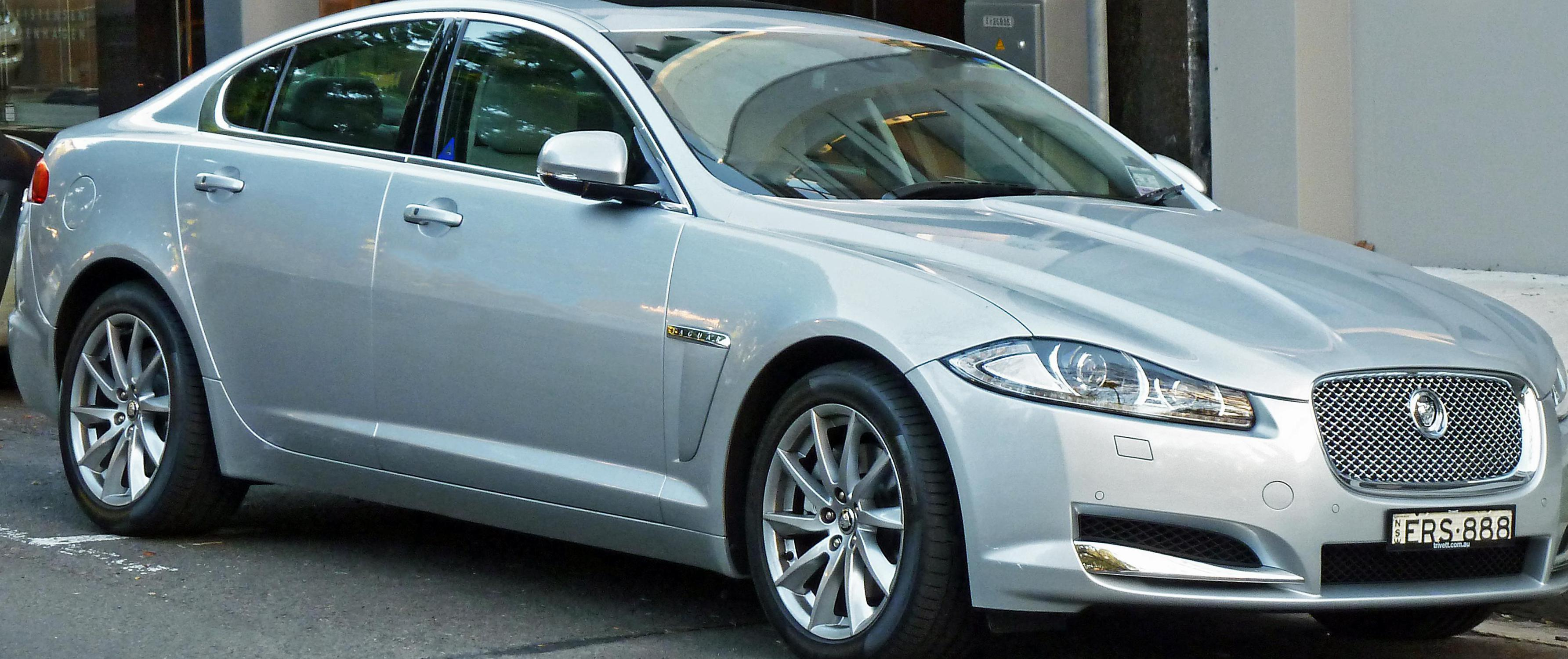 Jaguar XF model 2006