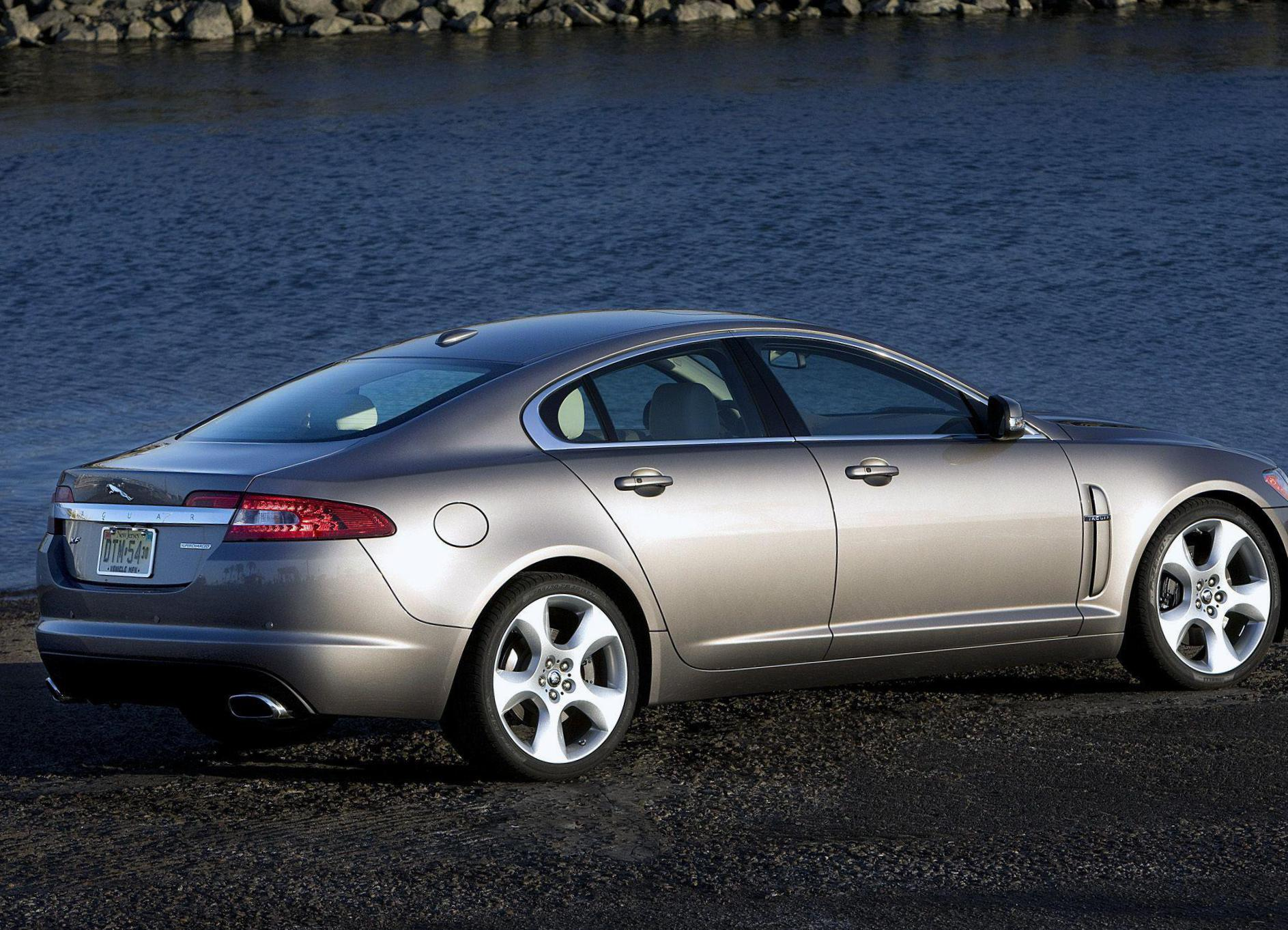 XF Jaguar configuration 2012