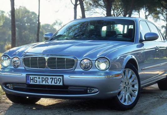 Jaguar XJ prices 2010