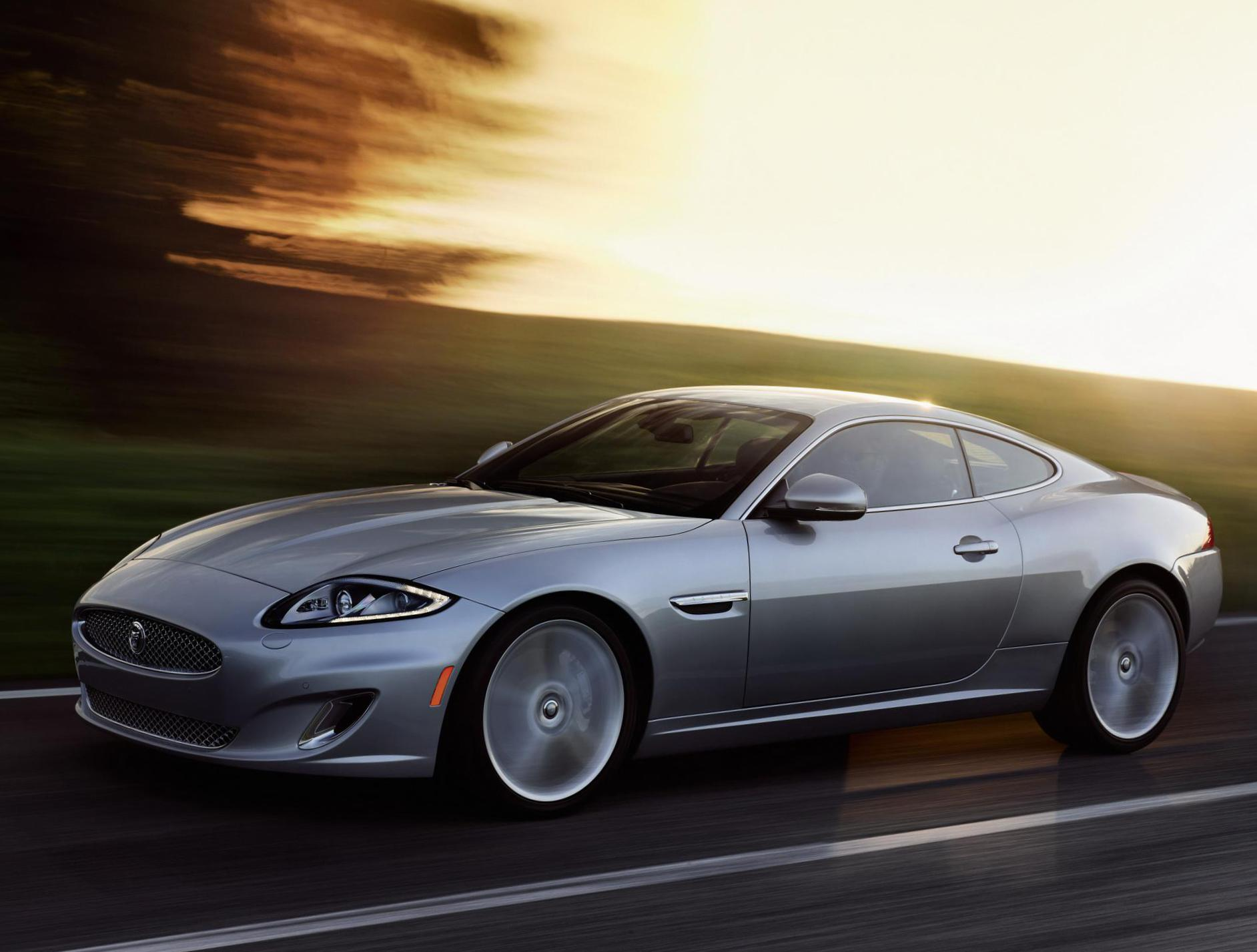 Jaguar XK Coupe models 2009