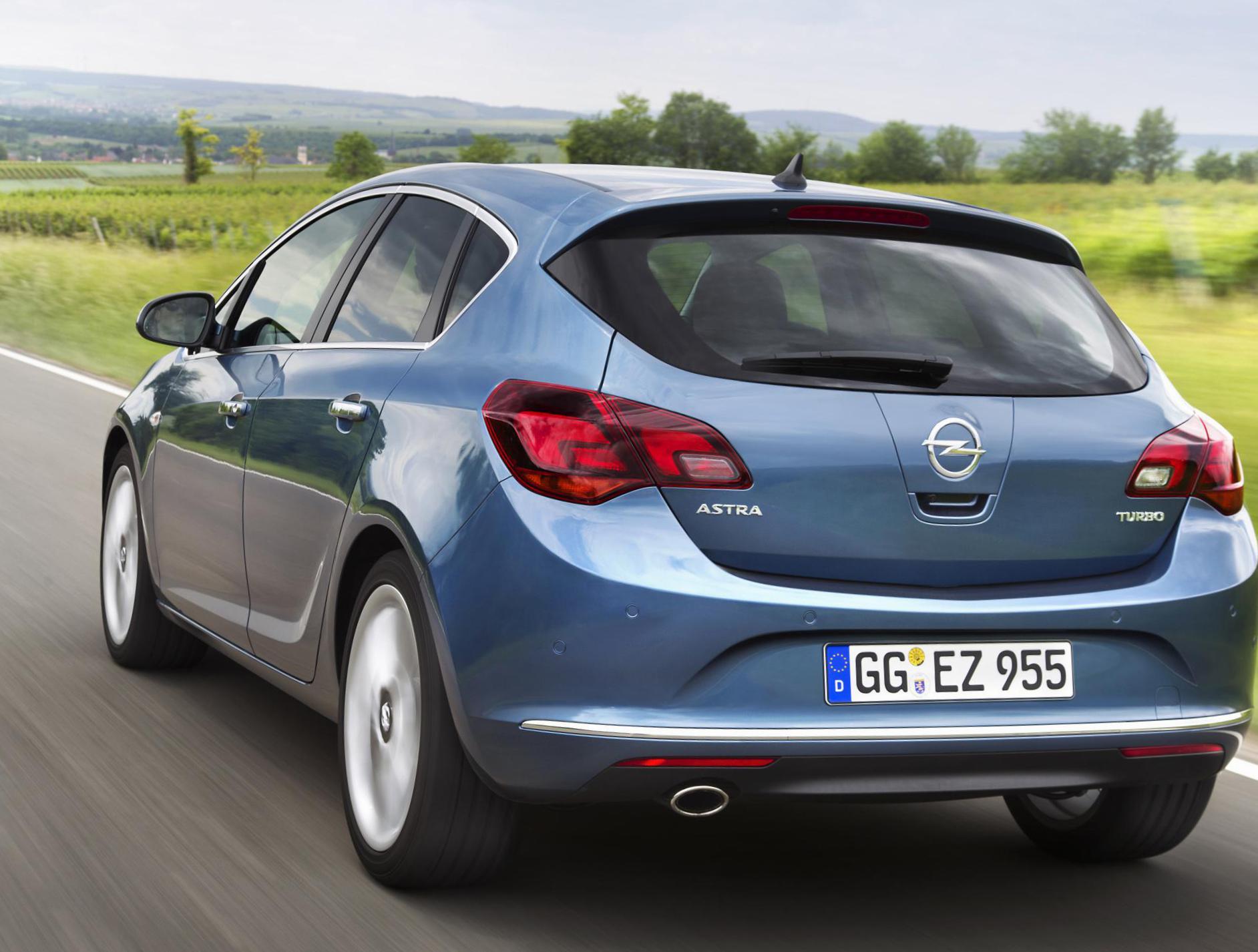Opel astra j katalógus