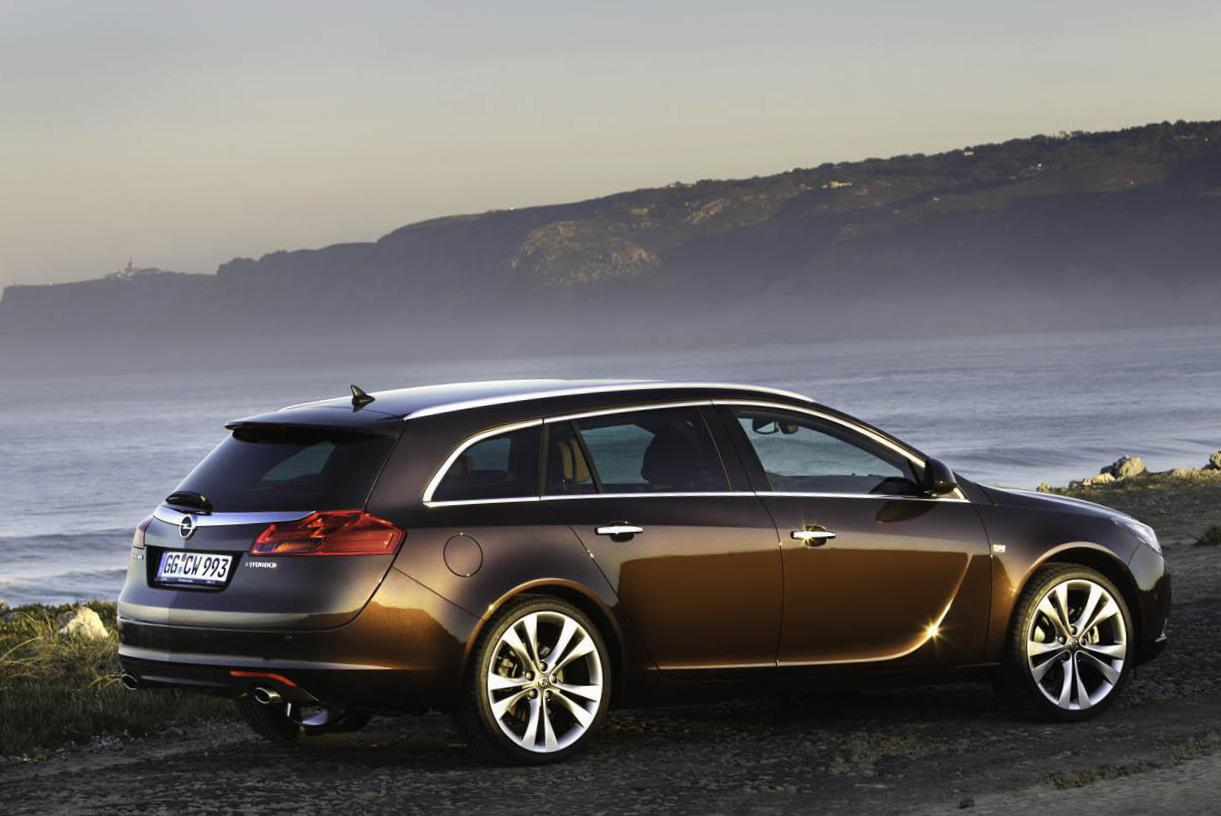 Insignia Sports Tourer Opel parts 2013