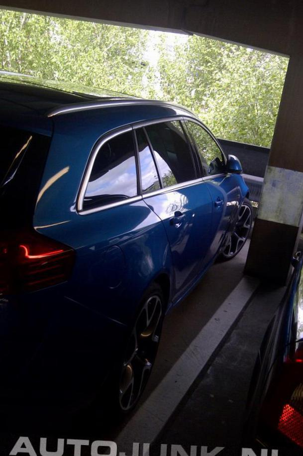 Opel Insignia OPC Sports Tourer Specification wagon