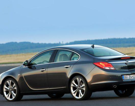 Opel Insignia Notchback concept 2013