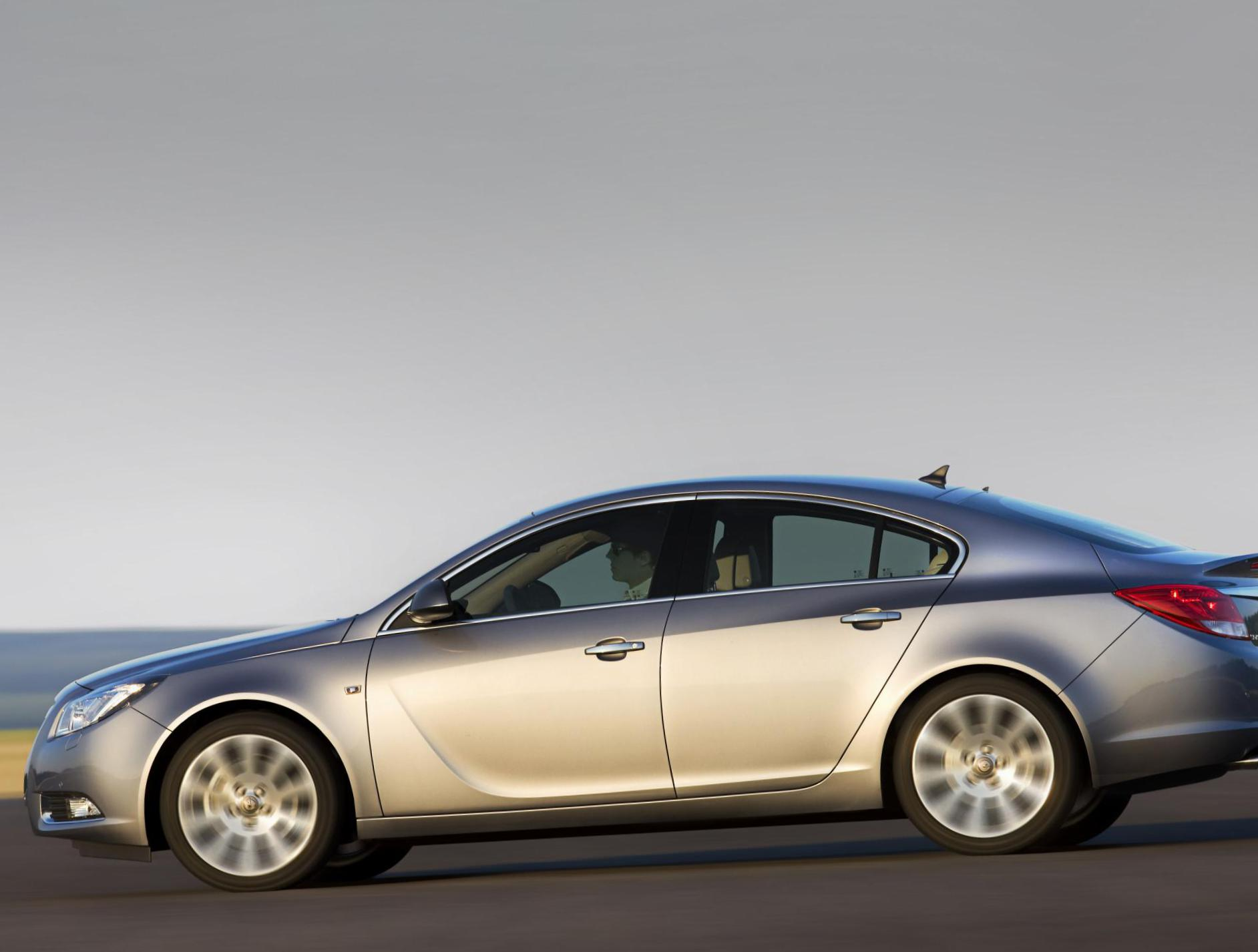 Opel Insignia Hatchback price wagon